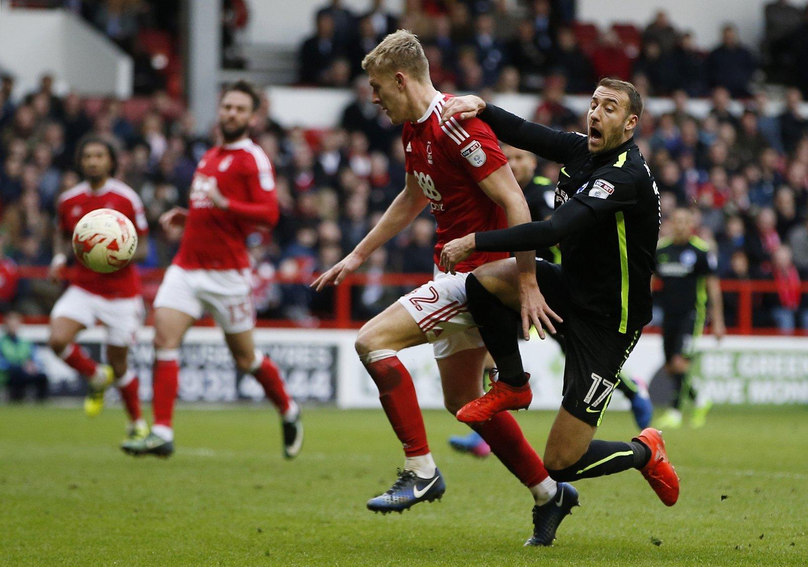 Joe Worrall in action for Nottingham Forest